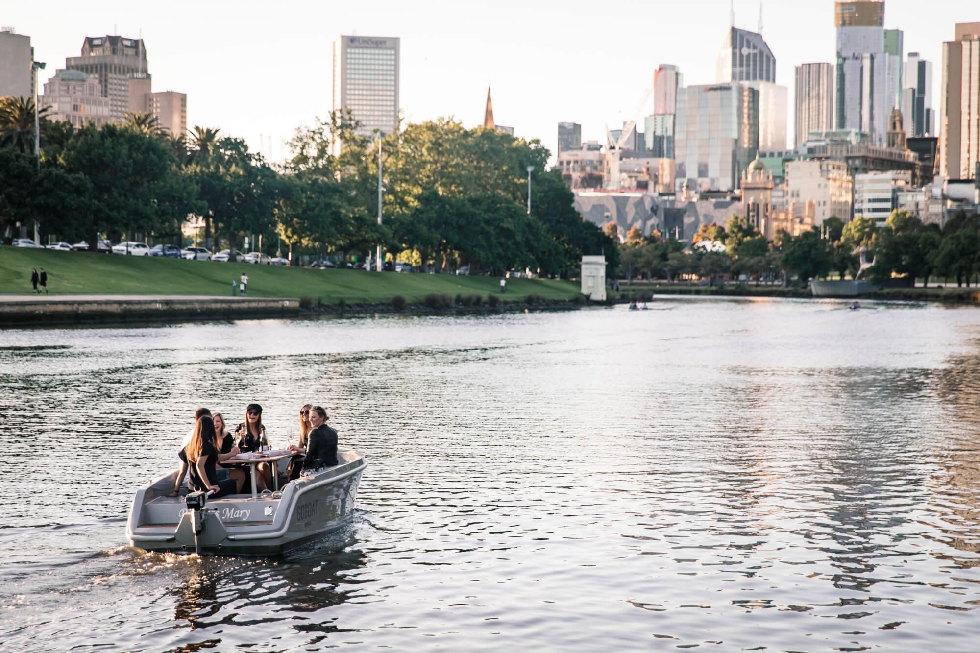 Dating över 40 Melbourne